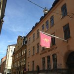Hotel Hellsten - Front