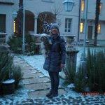 in giardino...cominciava a nevicare