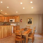 Suite 1 Kitchen/dining