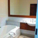 bathroom in lodge room