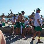 les touristes sur la plage