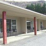 1 b/r Park Motels