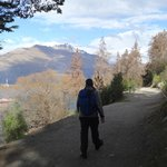 The scenic walk to Queenstown from Larch Hill