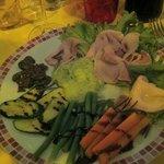 De Pasajo - piatto unico con affettati e verdure