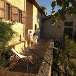 Casa della Roccia, la terrasse devant la maison