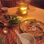 panang curry rouge canard, laab poulet, soupe vermicelles
