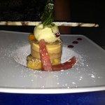 merveilleux desserts inventés par le patron et réalisés par son épouse