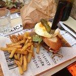 le deli-burger frites à la graisse de canard