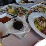 ассортимент морепродуктов