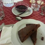 Torta di cacao con crema di mirtilli VEGAN