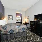 Belmont Innand Suites Tatum TXBed