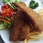 fish chips n salad