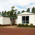 Discovery Holiday Parks - Hadspen: self contained cabins