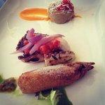 Mini fishouse. fiori di zucca, tentacoli di polpo, parmigiana 2013
