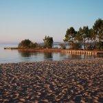 lever de soleil sur la plage de Maguide