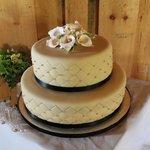 Our amazing wedding cake
