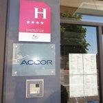 A 4 star Hotel signage