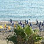 пляж с утра