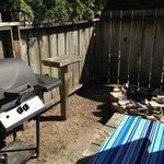 BBQ & fire pit
