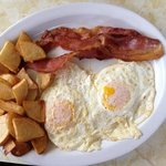 2 eggs w/bacon and home fries.