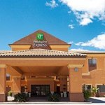 Holiday Inn Express & Suites Victorville Hesperia Hotel Exterior