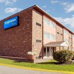 Photo de Express Inn New Stanton PA Hotel