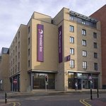 ‪Premier Inn Edinburgh Central (Lauriston Place) Hotel‬