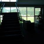 vista delle scale del secondo piano