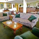 East Carolina Inn Greenville Lobby
