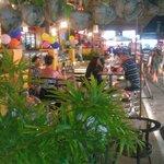 Rattana Hotel,Papa Restaurant,Garden Bar