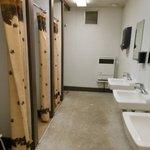 toilet-/shower building