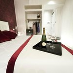 Photo of Hotel Caravita