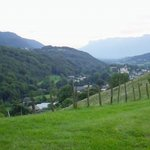 Vue sur la Combe de Savoie au fond du parc