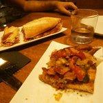 Bocadillo de jamón bellota y tostada de verduras con queso de Idiazabal