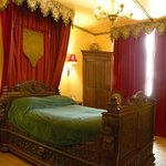 chambre roi René du Chateau de La Montchevalleraie, chambres d'hôtes en Anjou