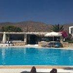 Piscina/bar hotel Dionysos-Ios