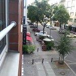 grolmanstrasse, 50 metri e c'è la kurfustendamm con stazione metro