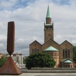 Terrace, with sculpture (1963) by Barnett Newman, and St-Matthaus-Kirche