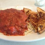 10 buck Spaghetti Special with Italian sausage