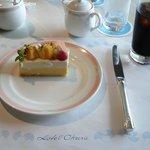 みなと神戸の洋食レトロ食堂 和牛焼肉