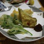 揚げ物(鶏のミンチ、山菜)