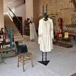 Una mostra di abiti dei primi del 900 in occasione di Cantine Aperte 2011