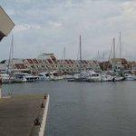 La résidence vue du port