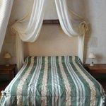 Chambre Le Vigneron Master bed