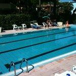 Photo de Hotel Ascot