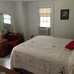 larger bedroom in coachman's quarters