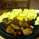 scrambled egg breakfast skillet