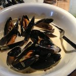 A starter sized portion of delicious mussels