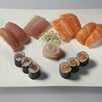 Une formule Sushi et sashimis