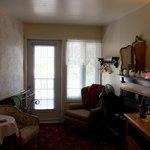 """Partie """"salon"""" de la chambre. (3e étage)"""